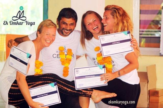 200 hour yoga teacher training course goa