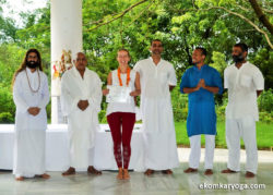 yoga-teacher-training-rishikesh-graduation-ceremony